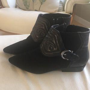 Zara woman leather booties size 8